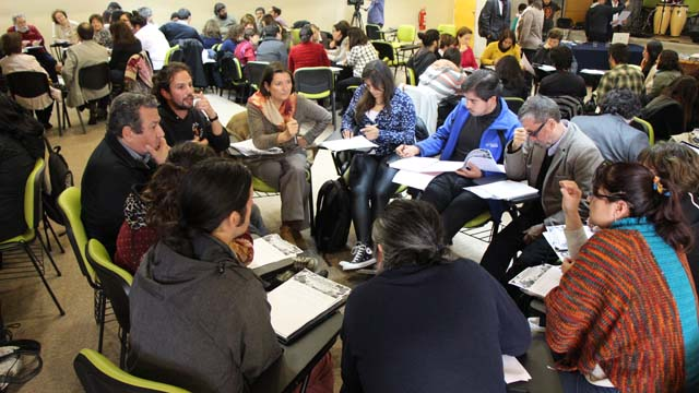 Masiva convocatoria a primera jornada de comisiones curriculares
