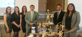 Alumnos de Pedagogía en Biología y Ciencias cierran asignatura con exposiciones