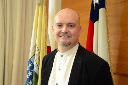 Dr. Rodrigo Brown