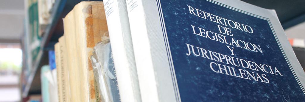 Estudia Derecho en la UPLA
