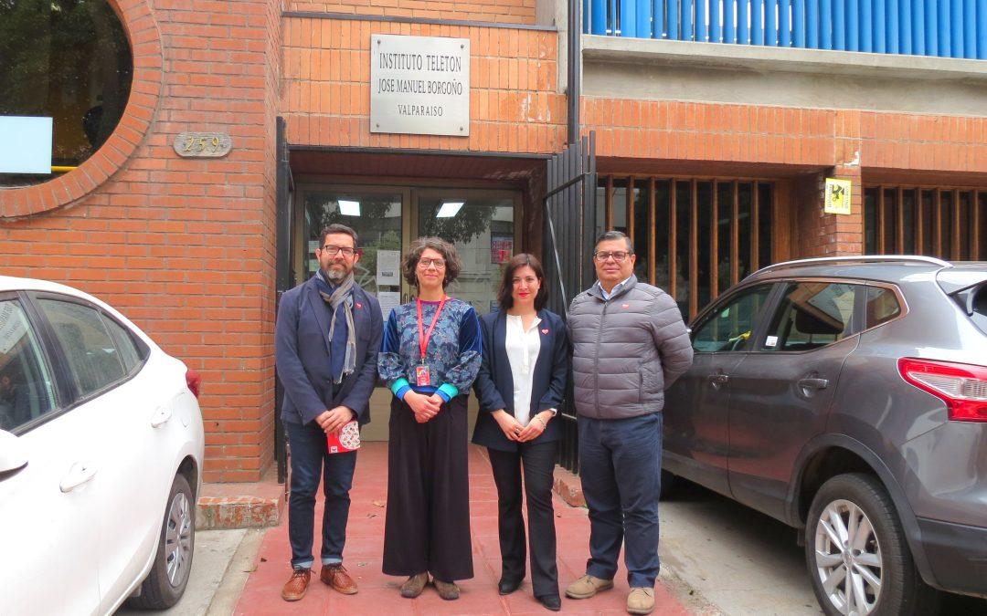 Representantes UPLA visitan Teletón Valparaíso para conocer la labor de la institución