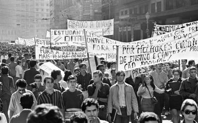 Bases para un modelo de interpretación histórica sobre los movimientos estudiantiles universitarios en América Latina (1918-2011)