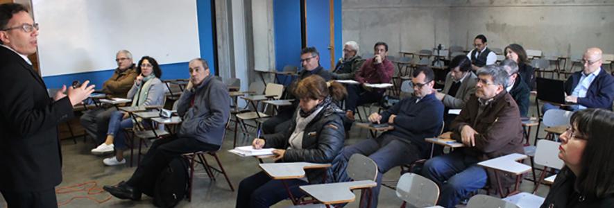 Facultad de Ingeniería se nutre con experiencias internacionales sobre innovación curricular
