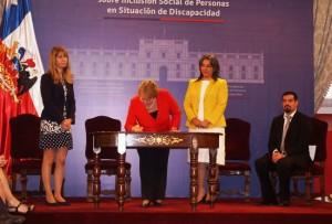 Universidad de Playa Ancha - Inclusión - Presidenta Bachelet presenta Comisión Asesora del Plan Nacional de Discapacidad
