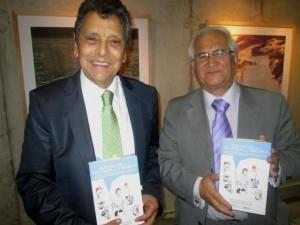 Ricardo Calderon y Angel Bustos autores del libro