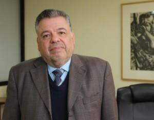 Dr. Daniel López