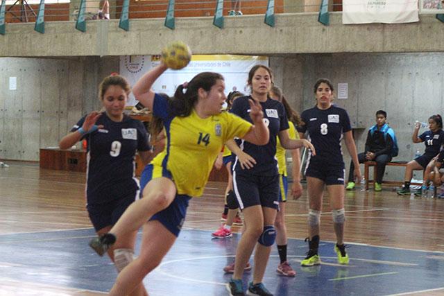 Balonmano damas UPLA a un paso de los cuartos de final ...
