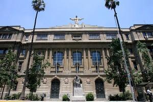pontificia_universidad_catolica_de_chile