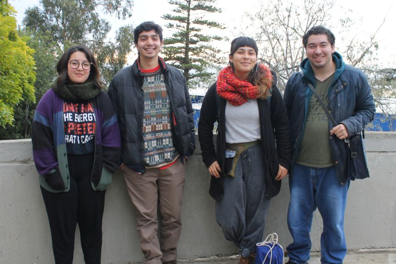 Estudiantes de otras universidades... estudiando en la UPLA