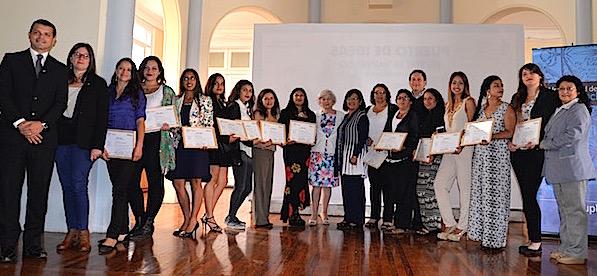 OTEC UPLA certificó a 18 nuevas administradoras de inventario