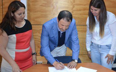 Campus San Felipe firmó convenio con jardín infantil Los Arrayanes de Catemu